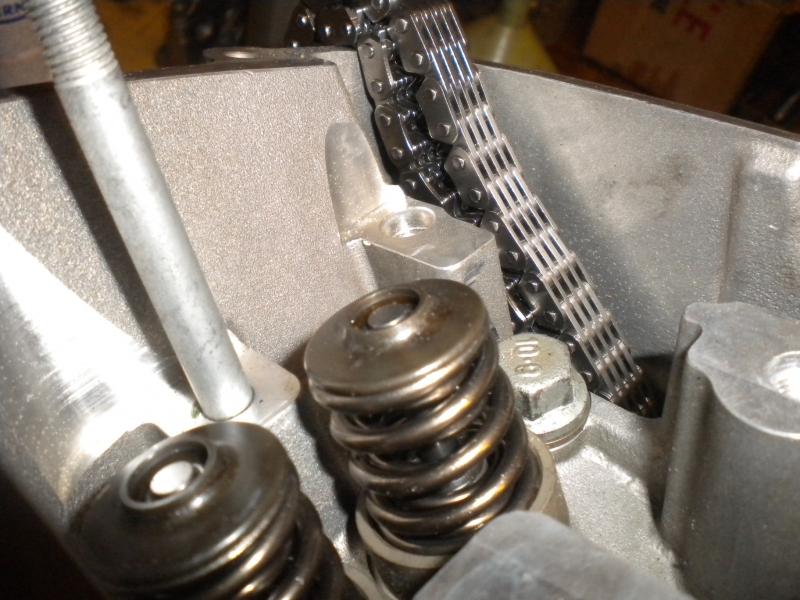 KTM 250 SXF 2006 - Partie moteur, démontage du haut moteur, soupapes, chaîne de distribution