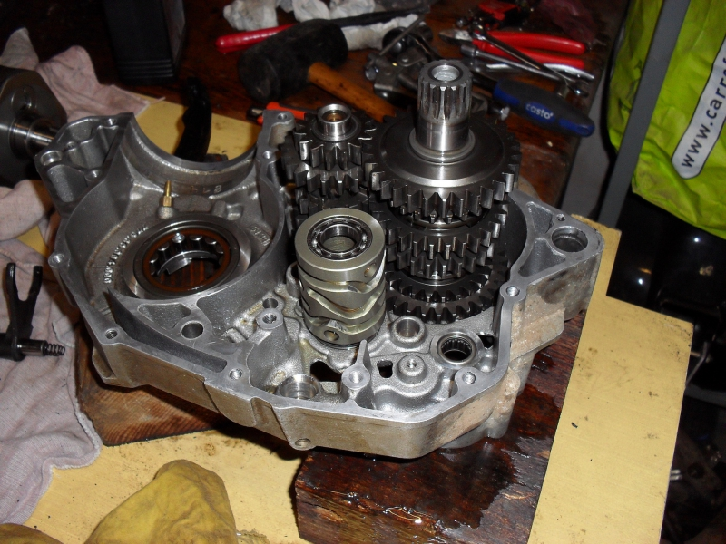 KTM 250 SXF 2006 - Partie moteur, démontage du bas moteur, boîte de vitesse